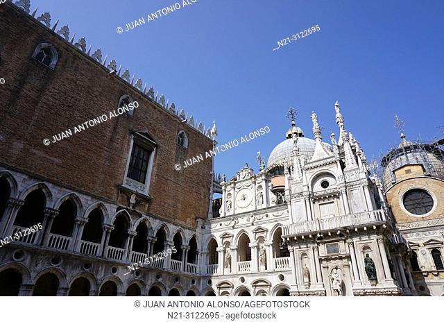 Palazzo Ducale. Patio. San Marco Square, Venice, Veneto, Italy, Europe