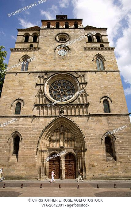 Europe, France, South West, Midi Pyrenees, Lot, 46, Cahors, Cathedral Saint Etienne