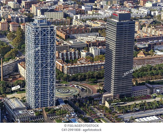 Hotel Arts and Torre Mapfre. Vila Olimpica. Barcelona, Spain