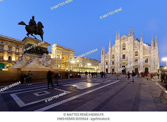 Italy, Lombardy, Milan, Piazza del Duomo, equestrian statue of Victor Emmanuel II of Italy, entry of Vittorio Emmanuel II Gallery
