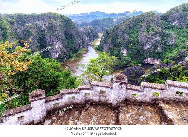 Hang Mua, Tam Coc, Ninh Binh, Vietnam, Asia