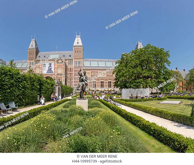 The garden of the Rijksmuseum