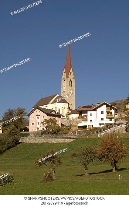 Italy, Trentino - Alto Adige, Bolzano province, Dolomites, Val di Funes, Tiso