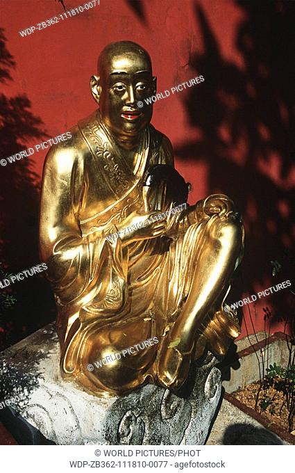 Statue, 10,000 Buddhas Monastery, Sha Tin, New Territories, Hong Kong, China Date: 02 04 2008 Ref: ZB362-111810-0077 COMPULSORY CREDIT: World Pictures/Photoshot