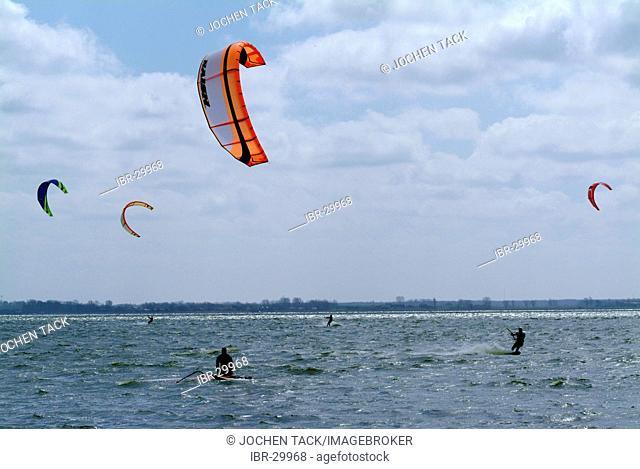 DEU, Germany, Darss: Kitesurfer in the Saaler Bodden inland sea