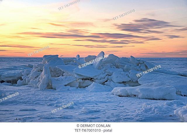 USA, Massachusetts, Eastham, Cape Cod, Frozen sea at dusk