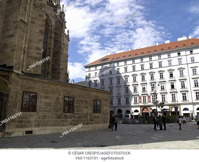 -Back Side to Stephanplatz- Wien (Austria)
