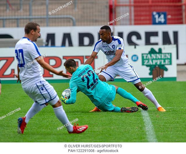 Rune Jarstein (Hertha BSC), left Anton Fink (KSC) GES / football / KSC blitz tournament: Karlsruher SC - Hertha BSC Berlin, 13.07