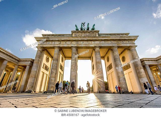 Brandenburg Gate, Pariser Platz, Berlin-Mitte, Berlin, Germany