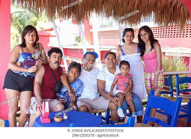Family, Acapulco, Mexico