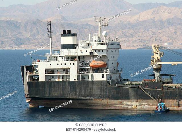 ship and pilot boat
