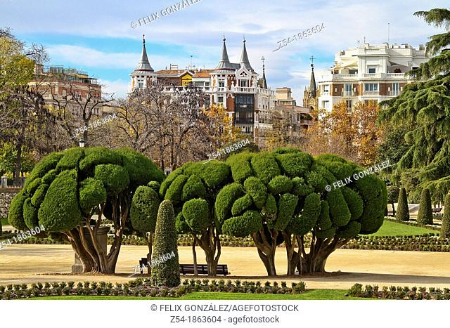 Buen Retiro Park, Its Gardens and houses in the background