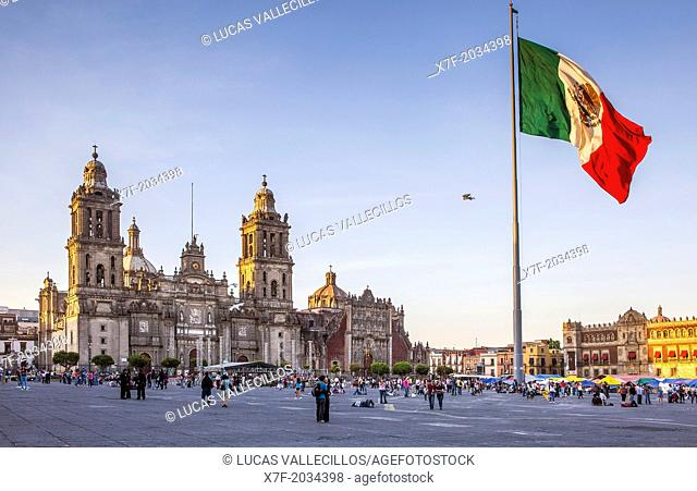 The Metropolitan Cathedral, in Plaza de la Constitución, El Zocalo, Zocalo Square, Mexico City, Mexico