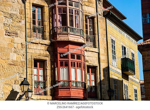 Detail old house in the neighborhood of Cimadevilla, Gijón, Asturias, Spain, Europe