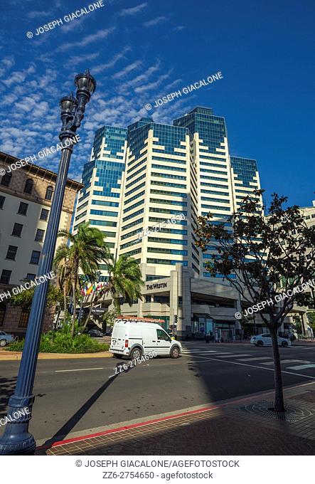 Westin Hotel building, Downtown San Diego, California, USA