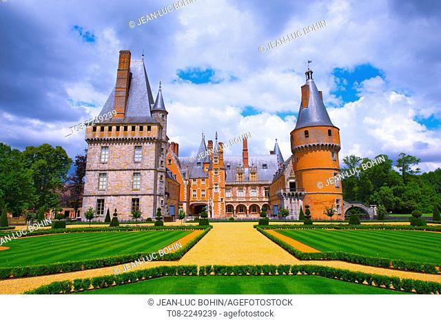 france,28 : maintenon castle & garden