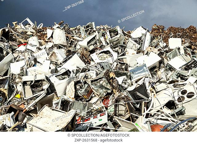 Ferrous scrap with white goods