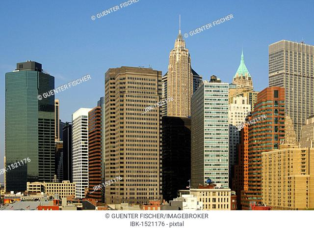 Skyline of Lower Manhattan and the financial district, Manhattan, New York, USA, North America