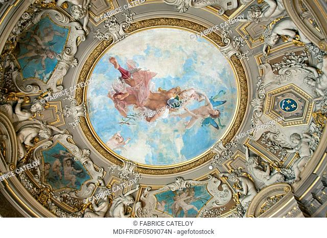 Castle of Chantilly - Ceiling of the rotonde in the Gallery of Paintings