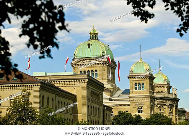 Switzerland, canton of Berne, Berne, old town listed as World Heritage by UNESCO, the Federal Palace (Bundeshaus) which is the seat of government (Federal...