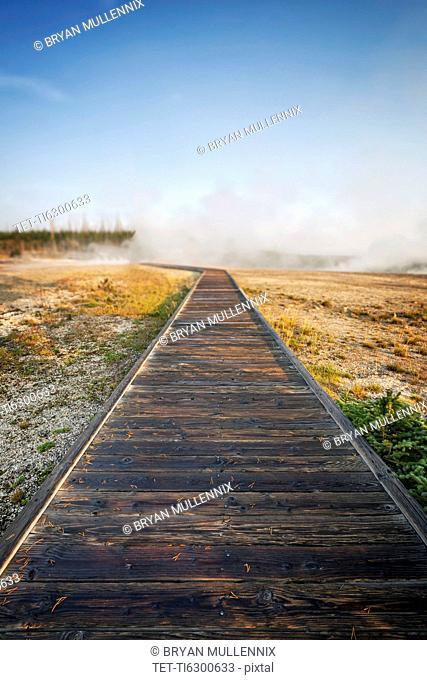 West Thumb Geyser Basin, Wooden boardwalk