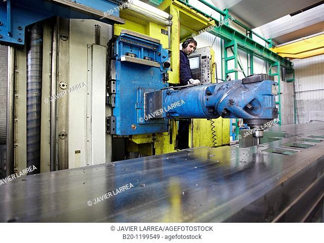 Horizontal milling machine, boilermaking, Guipuzcoa, Basque Country, Spain