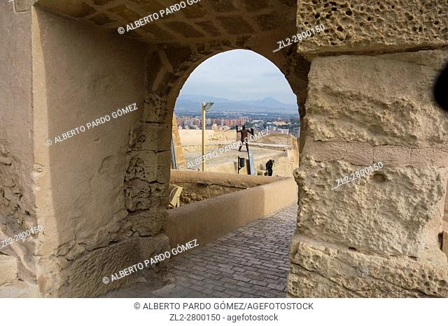 Castillo de Santa Bárbara, Benacantil, Alicante, Valencia, España, el castillo de Santa Bárbara, Monte Benacantil