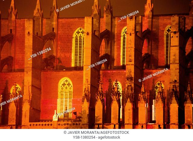 Spain, Balearic Islands, Mallorca, Palma de Mallorca Cathedral lit during the show Atiarfoc 2011