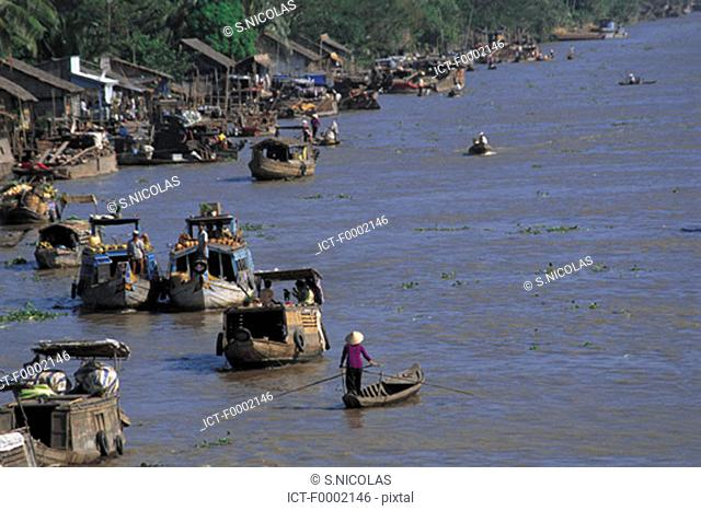 Vietnam, Can Tho, Mekong river delta, Phunghiep floating market