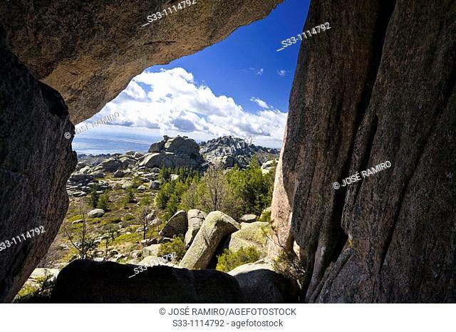 Pedriza Anterior from Matelvicial, La Pedriza scenic area, Cuenca Alta del Manzanares Regional Park, Madrid, Spain