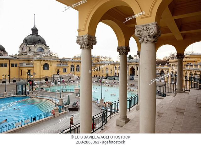 The Széchenyi Thermal Bath is one of the largest spa complexes in Europe. It's also the first thermal bath of Pest. It owes its existence to Vilmos Zsigmondy