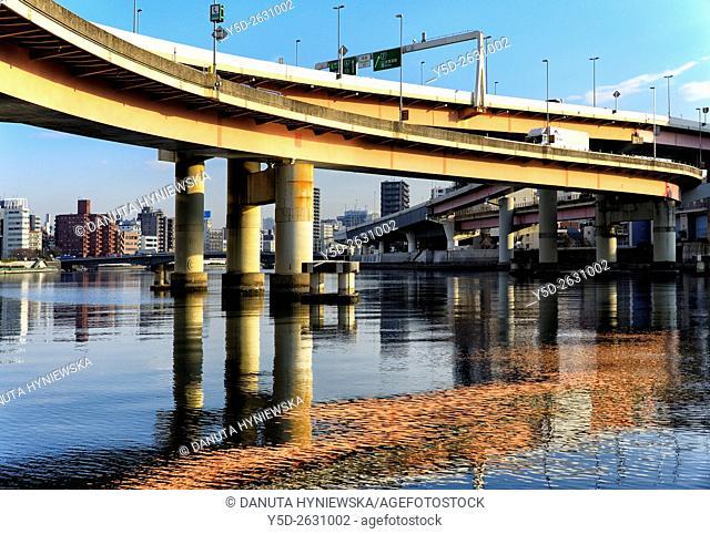 Urban landscape od Tokyo, Metropolitan Expressways number 6 and number 7 over Sumida river, Nihonbashi-hamacho, Chuo , Chuo-ku, Tokyo, Japan