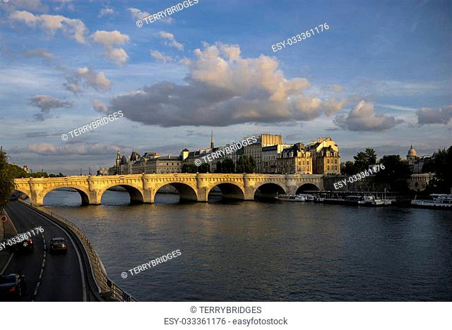 The Pont Neuf on the Seine at sunset