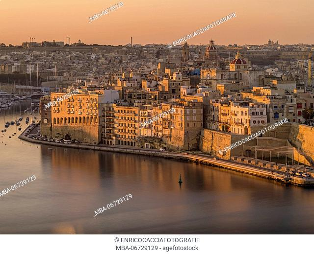 Sunrise above Grand Harbour in Valletta on Malta with view on Senglea