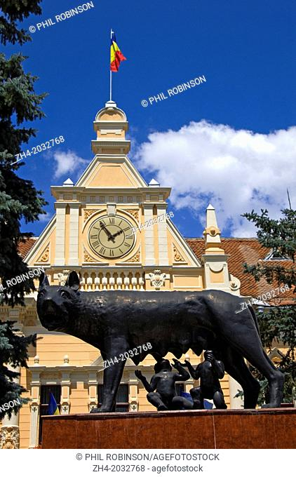 Brasov, Transylvania, Romania. Municipal Council Building. Statue of Romulus and Remus with wolf