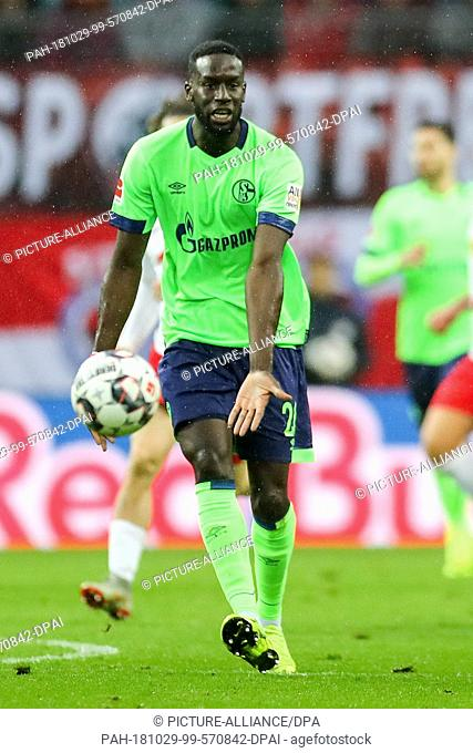 28 October 2018, Saxony, Leipzig: Soccer: Bundesliga, 9th matchday, RB Leipzig - FC Schalke 04 in the Red Bull Arena Leipzig