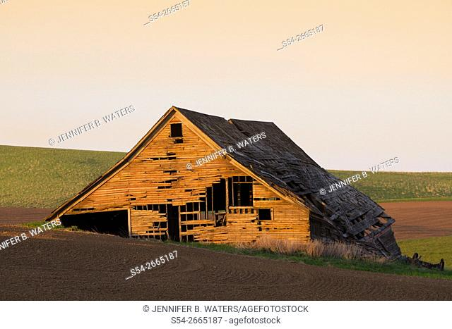 A barn in the Palouse, Spokane County, Washington, USA