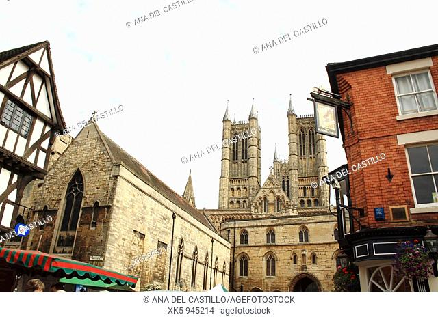 Buildings and the Lincoln Cathedral, Lincolnshire, the Midlands, UK