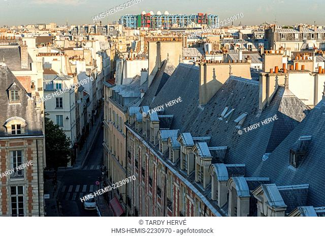 France, Paris, an historic monument since 1954, the Place des Vosges is located in the Marais district at the intersection of 3rd and 4th arrondissement