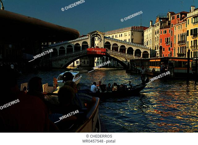 Italy Venice Rialto bridge The construction of the bridge was completed in 1588