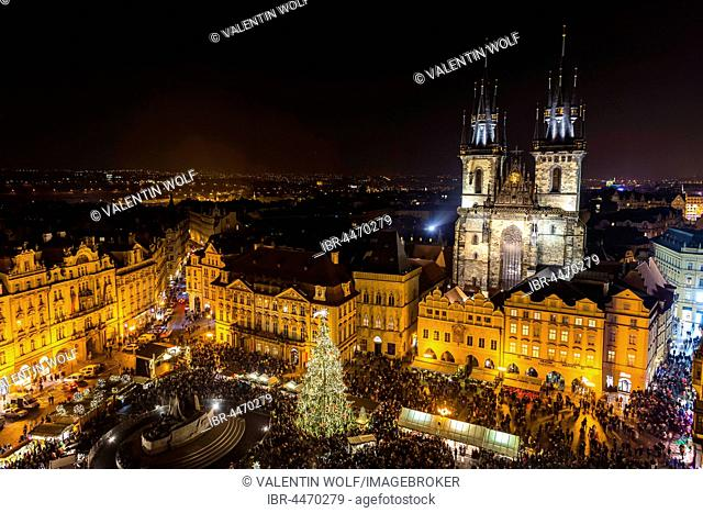 Tyn Cathedral, Christmas market, view from Old Town Hall at night, Old Town Square, historic centre, Prague, Czech Republic