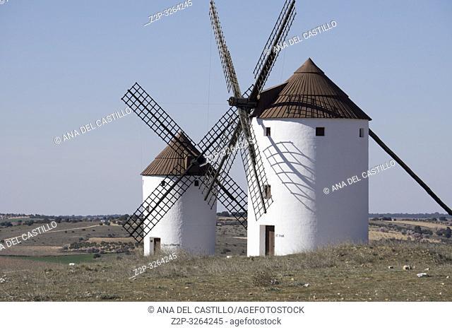 MOTA DEL CUERVO CUENCA: Windmills of La Mancha