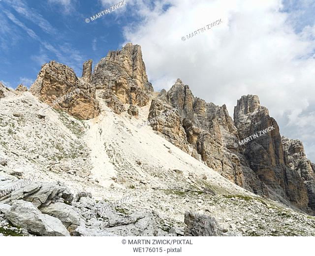 Fanes mountain range near Lagazuoi, part of the UNESCO world heritage Dolomites. Europe, Central Europe, Italy
