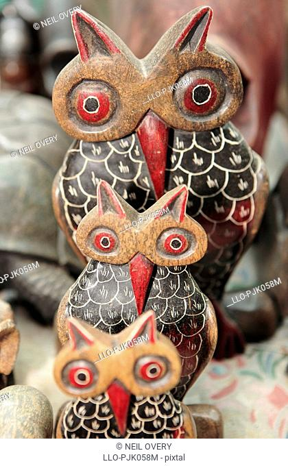 Carved stone owls. nr Empangeni, Kwa-Zulu Natal Province, South Africa