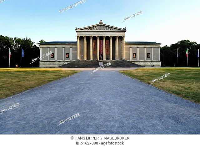 Glyptotek, State Collection of Greek and Roman Antiquities, Koenigsplatz Square in Munich, Upper Bavaria, Bavaria, Germany, Europe