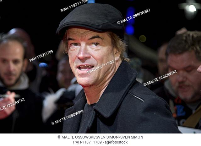 """CAMPINO, Singer, Portrait, Portrait, Portrait, single image, on the red carpet, Red Carpet Show, Film premiere """"""""BECAUSE ONCE ONLY LIVES - THE DEAD PANTS ON..."""
