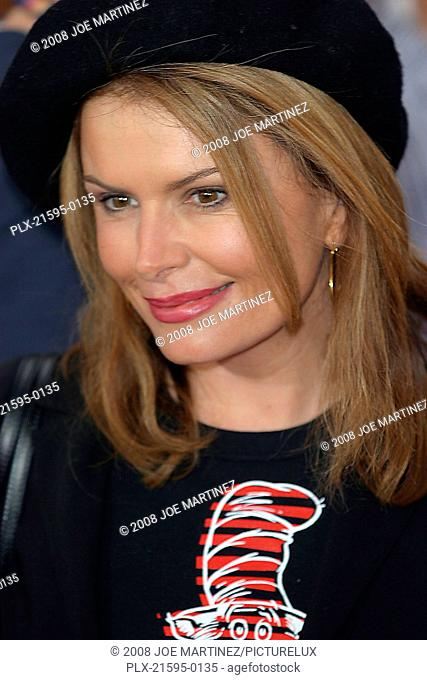 Dr. Seuss's: The Cat in the Hat Premiere 11-8-03 Roma Downey Photo By Joe Martinez