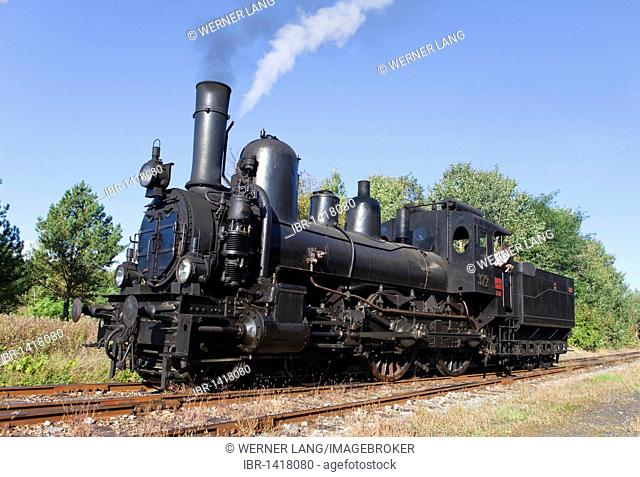 17c372 steam locomotive, the oldest express train in Austria, built in 1891 in the Floridsdorf locomotive factory, maximum speed 90 kilometers per hour