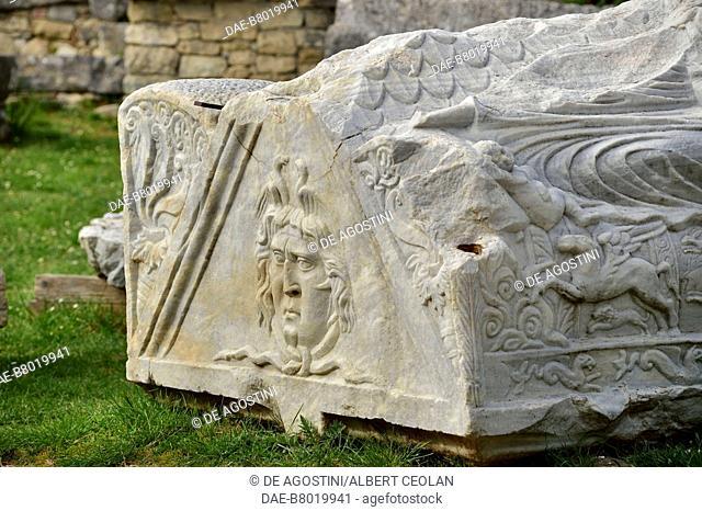 Sarcophagus decorated with Medusa, Manastirine necropolis, Salona, Solin, Croatia. Paleo-Christian civilization