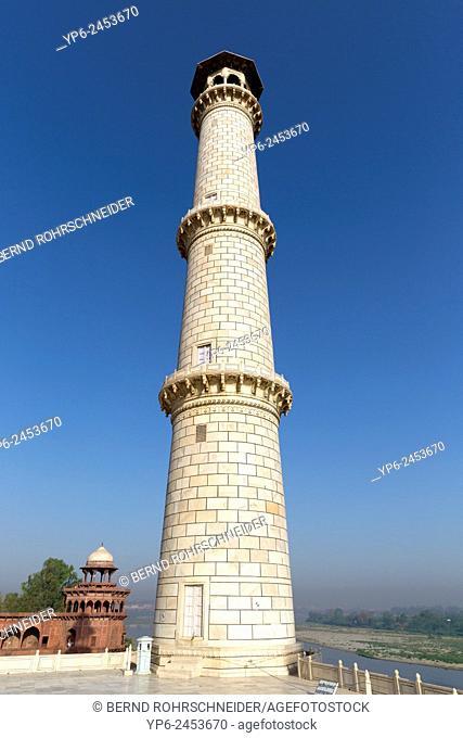 minaret at the Taj Mahal, Agra, Uttar Pradesh, India